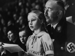 SS-baas Heinrich Himmler: een lieve vader en fervent tegenstander van corruptie: zijn SS-ers moesten doden, maar zonder de slachtoffers te beroven...