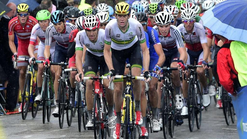 Verslagen van wielerwedstrijden wemelen van offerende termen.