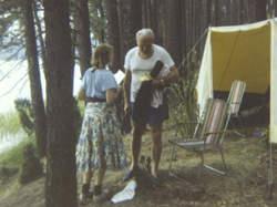 De latere paus Johannes Paulus II tijdens een vakantie met vriendin Anna-Teresa Tymieniecka.