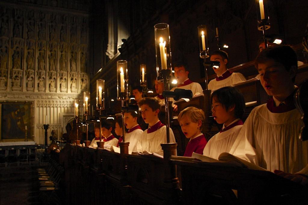 Evensong in een college in Oxford. Het is een gebedsdienst, maar voor veel bezoekers een concert. 'Hier begint mijn verwarring.'